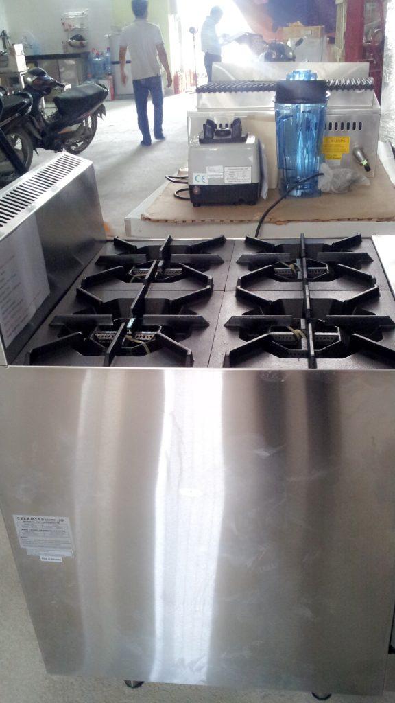 thiết bị bếp á công nghiệp