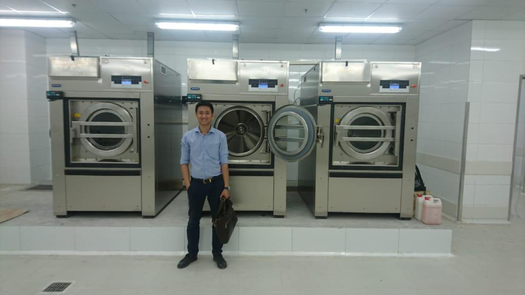 Máy giặt công nghiệp dùng cho khách sạn