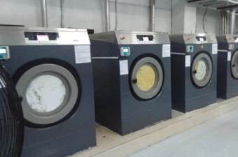 Mua máy giặt công nghiệp giá rẻ