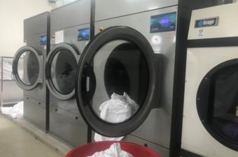 máy giặt công nghiệp 25kg