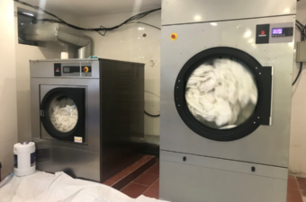 máy giặt công nghiệp nên mua loại nào, tốt